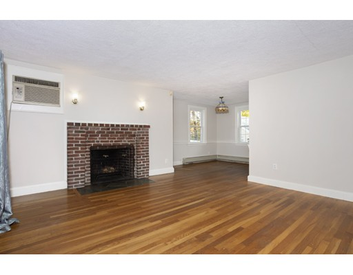 Picture 3 of 50 Forest St  Reading Ma 3 Bedroom Single Family
