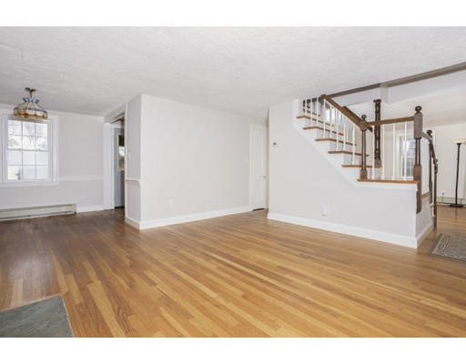 Picture 6 of 50 Forest St  Reading Ma 3 Bedroom Single Family