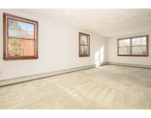 Picture 12 of 50 Forest St  Reading Ma 3 Bedroom Single Family