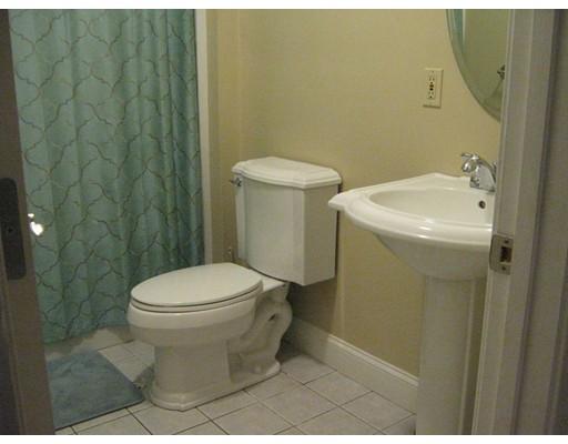 Picture 12 of 32 17th Ave Unit 1 Haverhill Ma 4 Bedroom Condo