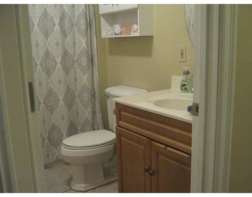 Picture 13 of 32 17th Ave Unit 1 Haverhill Ma 4 Bedroom Condo