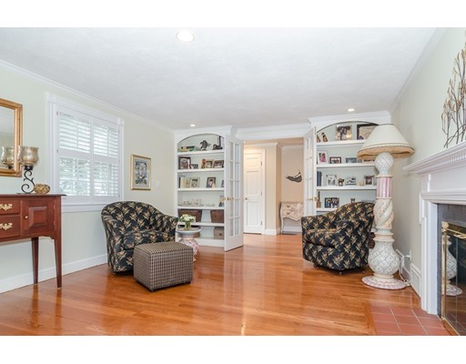 Picture 5 of 79 Leighton Rd  Wellesley Ma 4 Bedroom Single Family