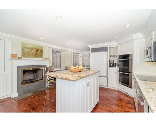 Picture 13 of 79 Leighton Rd  Wellesley Ma 4 Bedroom Single Family