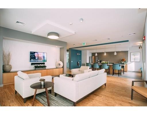 99 Tremont #309 Floor 3