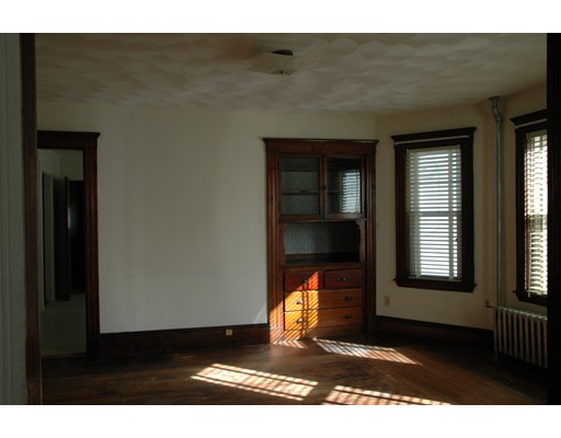 Picture 3 of 10-12 Norseman Ave  Watertown Ma 6 Bedroom Multi-family