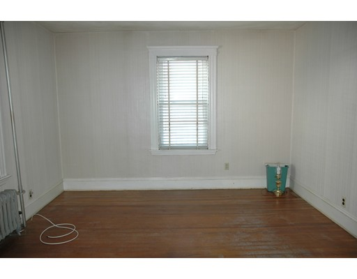 Picture 5 of 10-12 Norseman Ave  Watertown Ma 6 Bedroom Multi-family