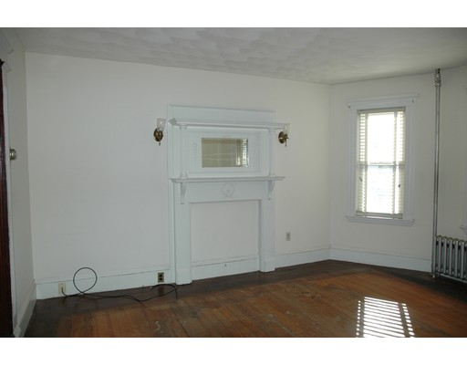 Picture 11 of 10-12 Norseman Ave  Watertown Ma 6 Bedroom Multi-family