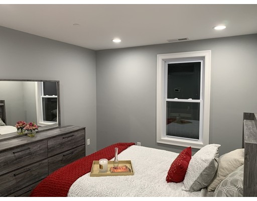 Picture 10 of 40 Morris St Unit 3 Boston Ma 2 Bedroom Condo