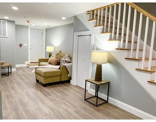Picture 6 of 40 Morris St Unit 1 Boston Ma 3 Bedroom Condo