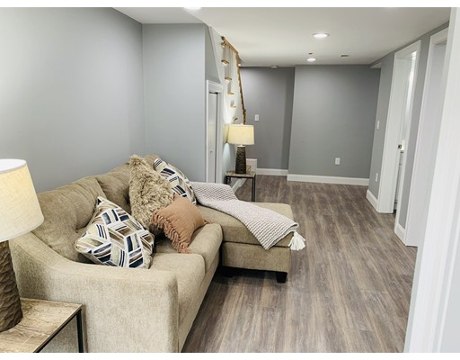Picture 7 of 40 Morris St Unit 1 Boston Ma 3 Bedroom Condo