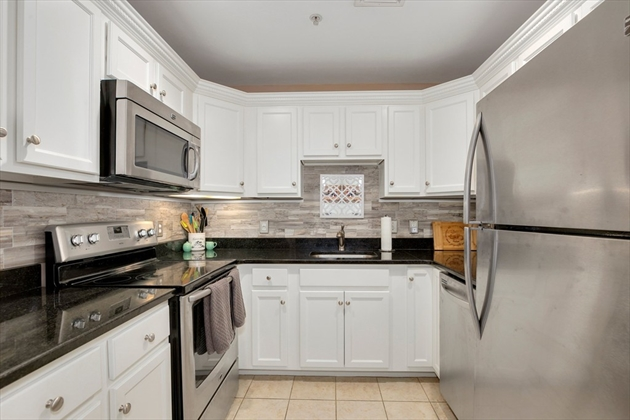 Picture 11 of 410 Salem St Unit 1107 Wakefield Ma 2 Bedroom Condo