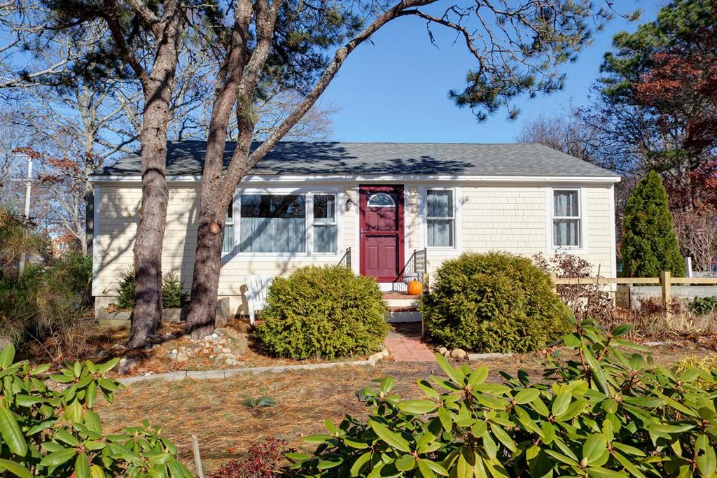 4 Winthrop Drive, Falmouth, Massachusetts