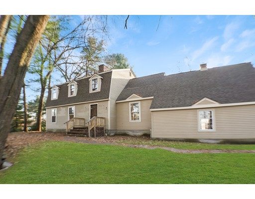 Picture 1 of 2 Greenbriar Cir  Andover Ma  4 Bedroom Single Family#