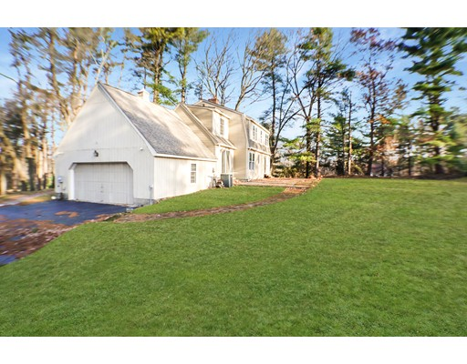 Picture 3 of 2 Greenbriar Cir  Andover Ma 4 Bedroom Single Family