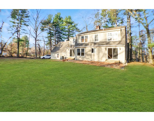 Picture 6 of 2 Greenbriar Cir  Andover Ma 4 Bedroom Single Family