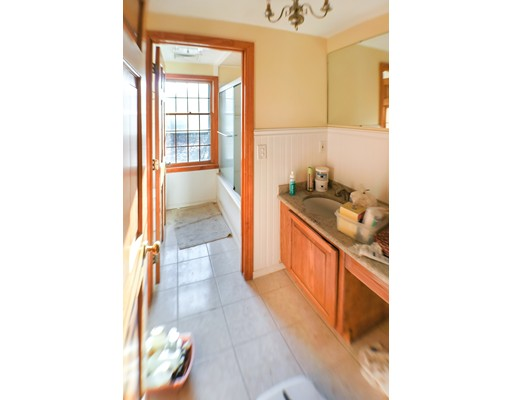 Picture 13 of 2 Greenbriar Cir  Andover Ma 4 Bedroom Single Family