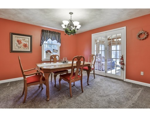 Picture 5 of 19 Higate  Chelmsford Ma 3 Bedroom Single Family