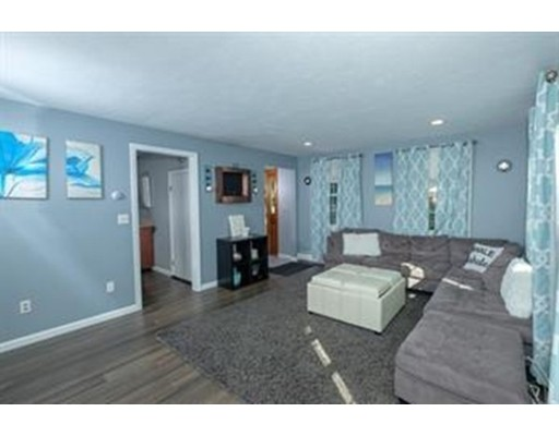 Picture 6 of 77 Maple St Unit 1 Middleton Ma 2 Bedroom Condo