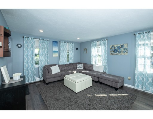 Picture 7 of 77 Maple St Unit 1 Middleton Ma 2 Bedroom Condo