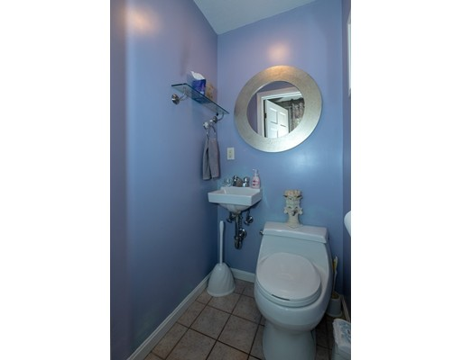 Picture 9 of 77 Maple St Unit 1 Middleton Ma 2 Bedroom Condo