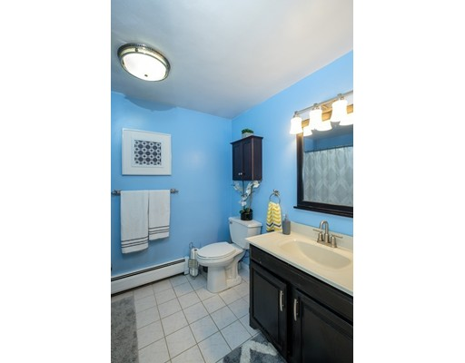 Picture 13 of 77 Maple St Unit 1 Middleton Ma 2 Bedroom Condo