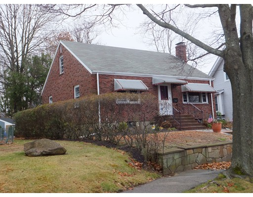 Picture 3 of 11 Bailey St  Quincy Ma 2 Bedroom Single Family