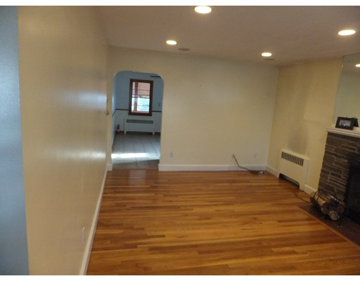 Picture 7 of 11 Bailey St  Quincy Ma 2 Bedroom Single Family