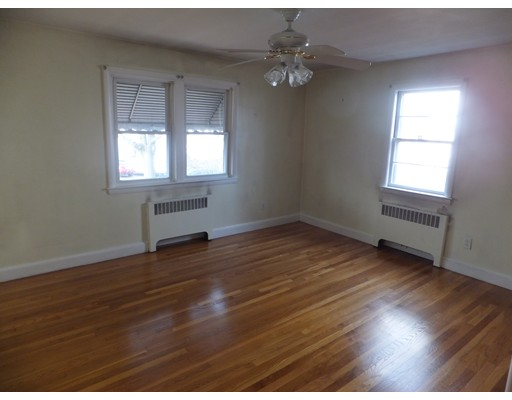 Picture 11 of 11 Bailey St  Quincy Ma 2 Bedroom Single Family