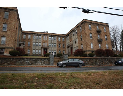 Picture 4 of 52 High St Unit 1 Methuen Ma 2 Bedroom Condo