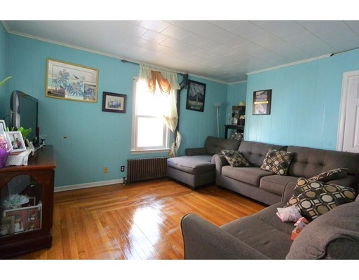 Picture 10 of 35 Eden St  Chelsea Ma 4 Bedroom Single Family