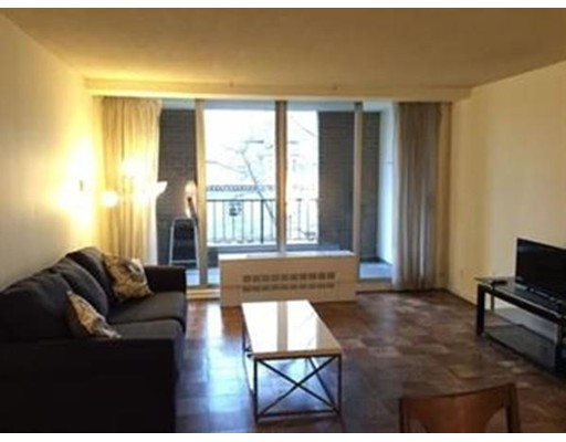 Picture 2 of 99 Pond Ave Unit 607 Brookline Ma 1 Bedroom Condo