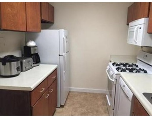 Picture 4 of 99 Pond Ave Unit 607 Brookline Ma 1 Bedroom Condo