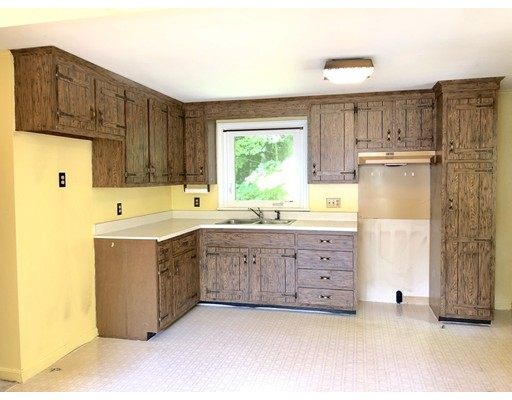 Picture 4 of 11 Mckays Dr  Rockport Ma 4 Bedroom Multi-family