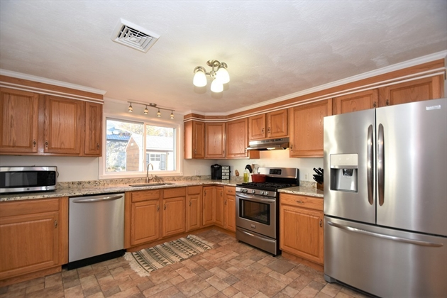 Picture 2 of 263 Passaconaway Dr  Dracut Ma 2 Bedroom Single Family
