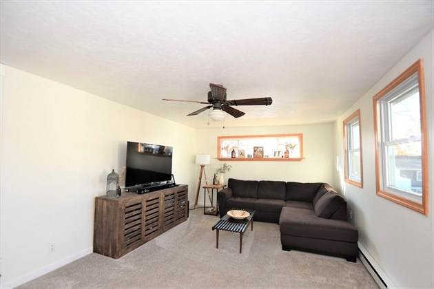 Picture 11 of 263 Passaconaway Dr  Dracut Ma 2 Bedroom Single Family