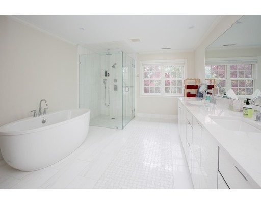 Picture 9 of 8 Beresford Rd  Brookline Ma 5 Bedroom Single Family
