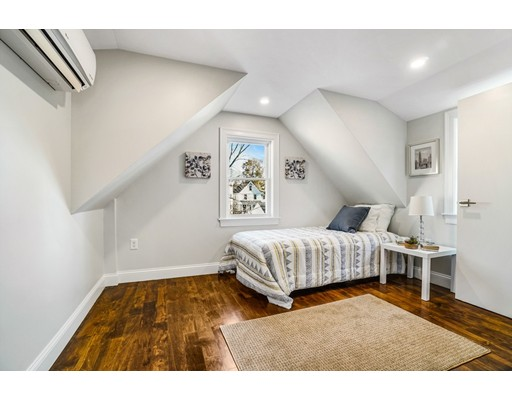 Picture 12 of 24 Canal St  Medford Ma 3 Bedroom Single Family