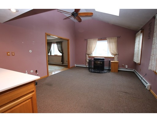 Picture 7 of 26 Serino Way  Saugus Ma 6 Bedroom Multi-family