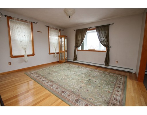 Picture 11 of 26 Serino Way  Saugus Ma 6 Bedroom Multi-family