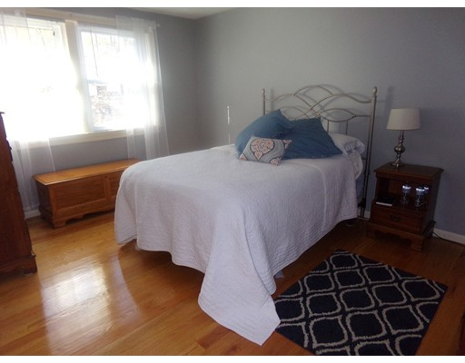 Picture 12 of 55-R Melvin St  Wakefield Ma 2 Bedroom Single Family