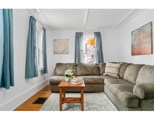 Picture 4 of 50 Pond St  Stoneham Ma 3 Bedroom Single Family