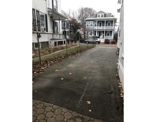 Picture 3 of 62 Leach St Unit 1 Salem Ma 2 Bedroom Rental