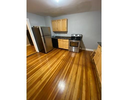Picture 1 of 29 Hanson St Unit 2 Salem Ma  5 Bedroom Rental#
