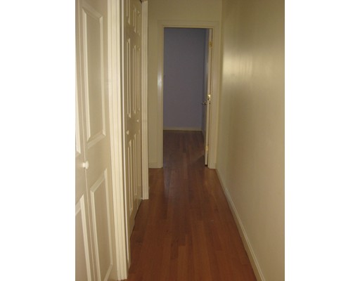 Picture 3 of 31 Channing St Unit 3 Newton Ma 2 Bedroom Rental