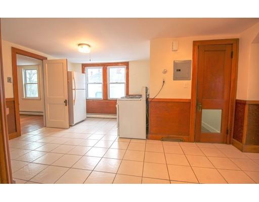 Picture 7 of 22 Piedmont St Unit 3 Salem Ma 2 Bedroom Rental