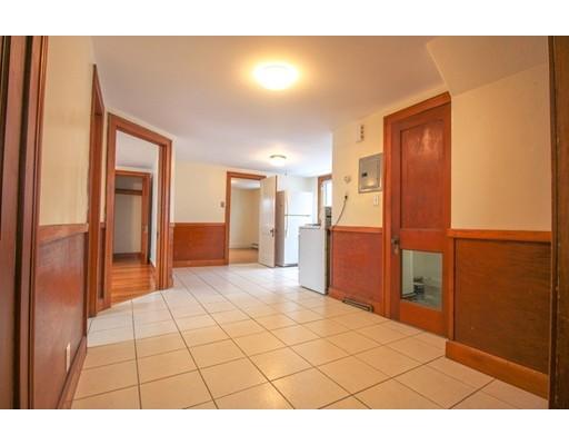 Picture 9 of 22 Piedmont St Unit 3 Salem Ma 2 Bedroom Rental