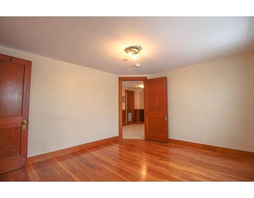 Picture 11 of 22 Piedmont St Unit 3 Salem Ma 2 Bedroom Rental