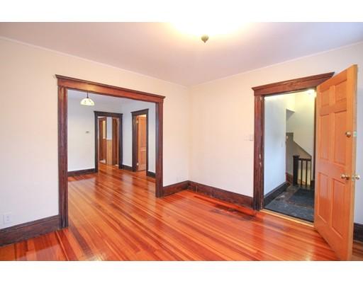 Picture 2 of 22 Piedmont St Unit 2 Salem Ma 2 Bedroom Rental