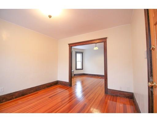 Picture 3 of 22 Piedmont St Unit 2 Salem Ma 2 Bedroom Rental
