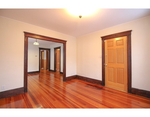 Picture 4 of 22 Piedmont St Unit 2 Salem Ma 2 Bedroom Rental